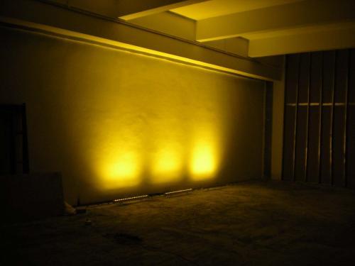 LED探照灯